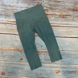 "Lululemon High Rise Fast and Free Crop 19"" 8"